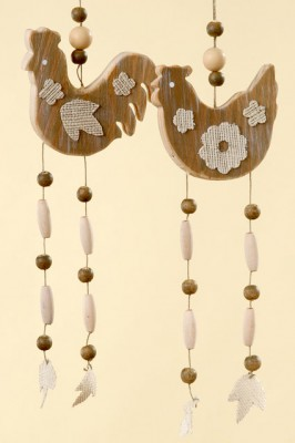 BB24528 Wood Chicken Hanger